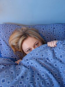1034045_girl_in_bed.jpg