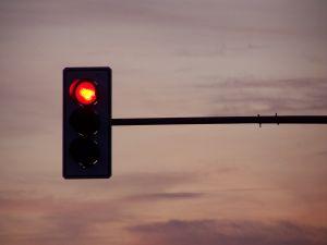 1078398_traffic_lights_in_the_evening.jpg