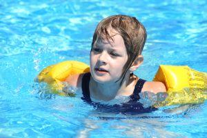 1206478_swimming__1.jpg