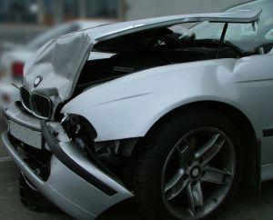 748825_crash_car.jpg