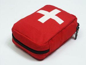 first-aid-kit-878051-m.jpg